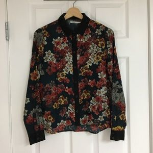 Urban Outfitters floral blouse, size XS.